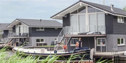 Landal Waterpark Sneekermeer type 2-4C