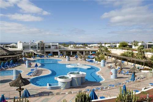 Club Playa Blanca Hotel