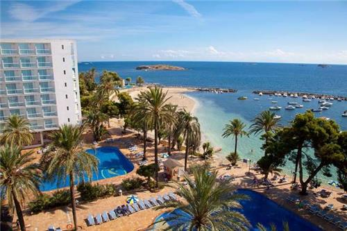 The Ibiza Twiiins