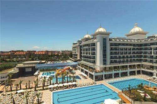 Side La Grande Resort
