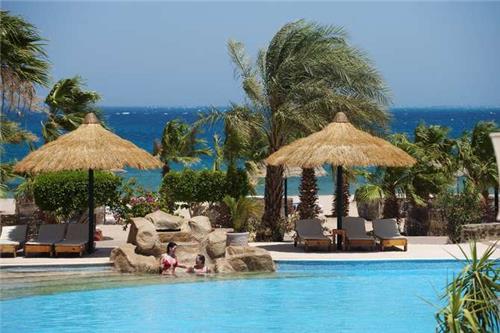Lotus Bay Resort AbuSouma