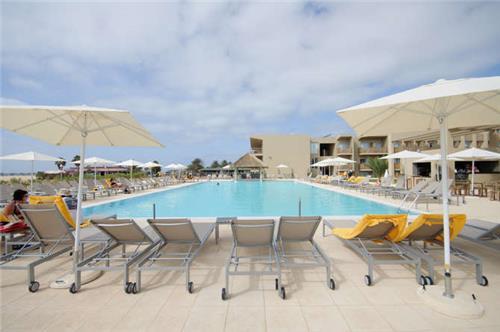 Hotel Oasis Salinas Sea
