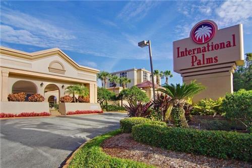 International Palms Resort