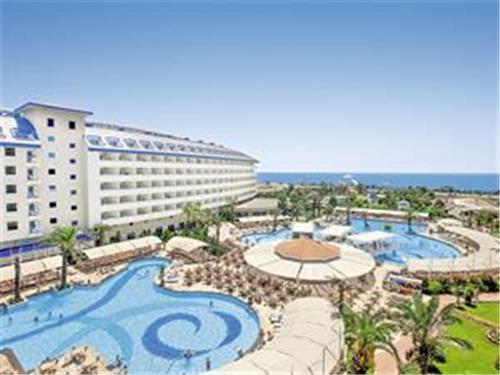 Crystal Admiral Resort Suites en Spa