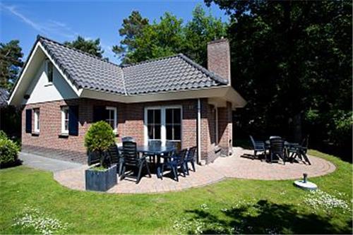 Droompark Beekbergen Groepsvilla (H8)