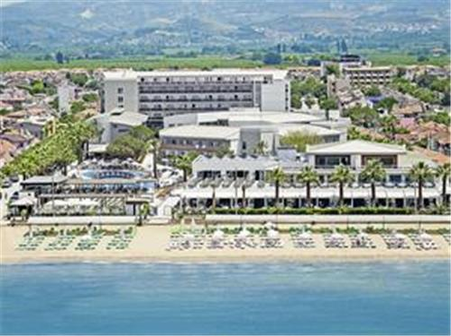 Palm Wings beach Resort en Spa