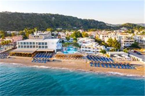 Avra Beach Resort en Bungalows