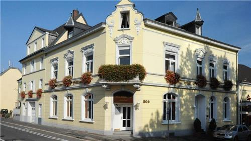 Arrangement Hotel Restaurant Zur Post | Rijn