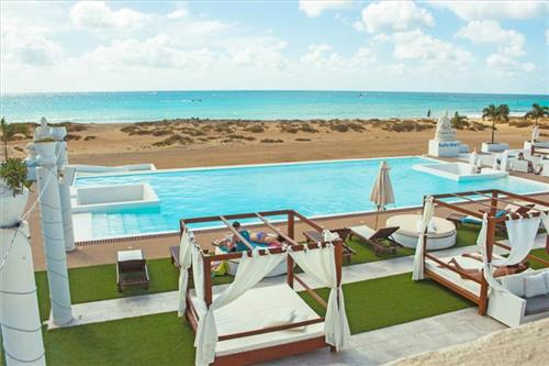 Hotel The Budha Beach