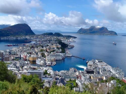 Fly-drive naar Noorwegen fjorden en kusten